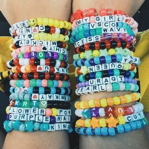 VSCO Mystery Bracelet Bag - 7 Bracelets